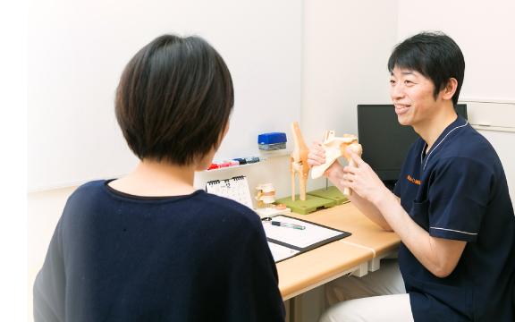 おれんじ鍼灸接骨院は最新の技術・知識を常に取り入れています。